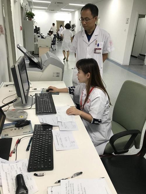图9.医学影像科刘婧主治医师.jpg